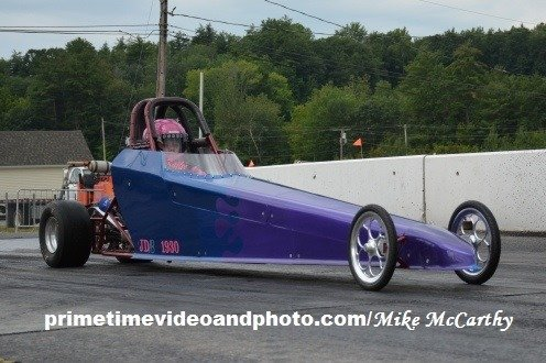Kaylee Lagasse is the latest member of the Paquette clan to take the wheel as auto racer - Fran's Auto Body - Full Service Auto Repair in Hancock, NH - 603 525-4461
